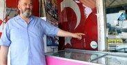 Türk bayrağı asılı marketi taşlama ve yakma teşebbüsüne 4 gözaltı