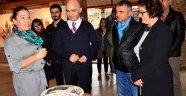 'Tutsak Yüzler' Olbia'da açıldı
