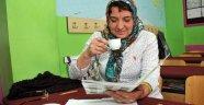 Üç nesil kahve tadında okuma yazma öğreniyor