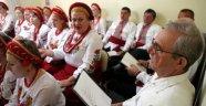 Ukraynalı kadınlar, türkülerle acıyı paylaşacak