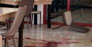 Yemek siparişi verdikten sonra bir şarjör mermi yedi
