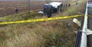 Yolcu otobüsü devrildi: 3 ölü, 19 yaralı