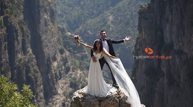 Tanıştıkları Tazı Kanyonu'nda evlendiler
