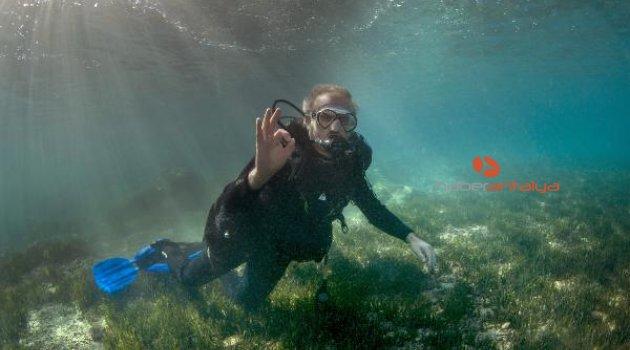 Vali Karaloğlu'ndan su altında 'deniz çayırı' mesajı