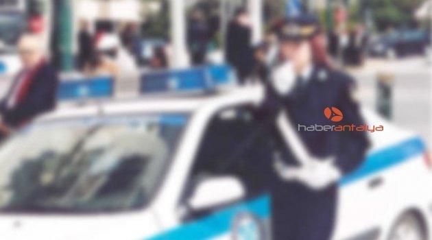 Yunanistan'da ilginç trafik kazası